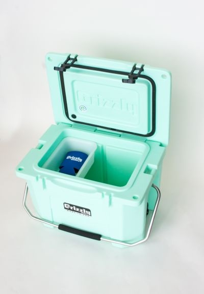 Grizzly 20 Quart Cooler - Seafoam - Image 5: image 5