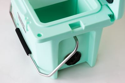Grizzly 20 Quart Cooler - Seafoam - Image 6: image 6