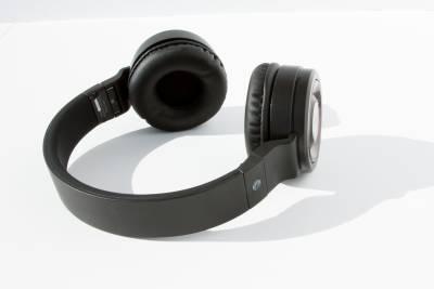 AT&T PBH20 Bluetooth Stereo Headphones - Image 7: image 5