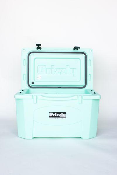 Grizzly 40 Quart Cooler – Seafoam - Image 7: image 7