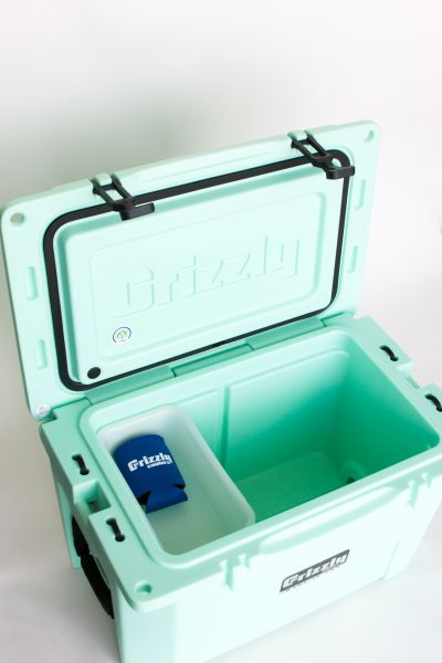 Grizzly 40 Quart Cooler – Seafoam - Image 8: image 8