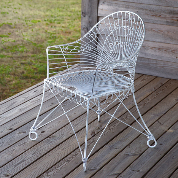 French Homestead White Iron Chair